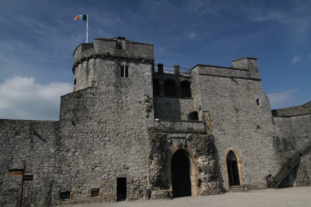 King Johns Castle | ticket prices and opening hours ...